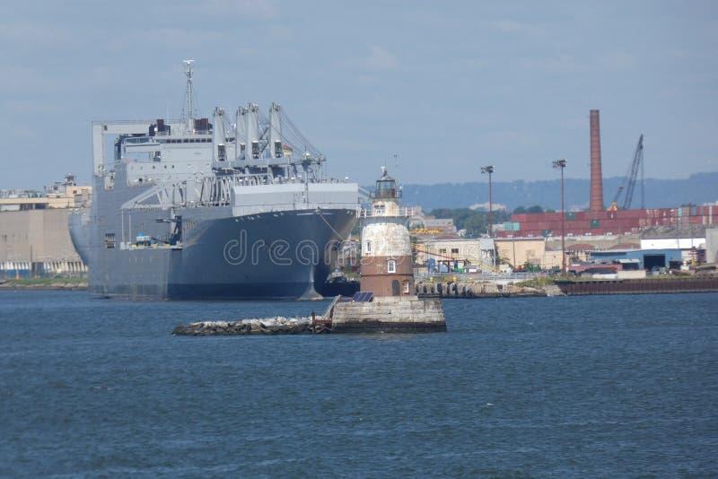 Puerto de Nueva York y New Jersey y faro foto de archivo libre de regalías