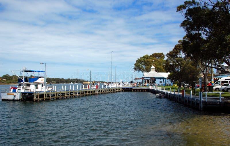 Puerto de Paynesville, estado Victoria, Australia. foto de archivo