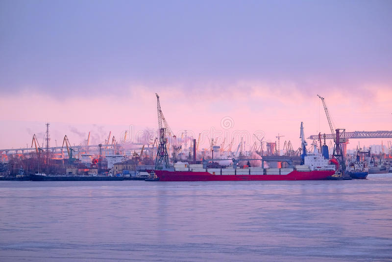 Puerto de Sankt-Peterburg imagenes de archivo