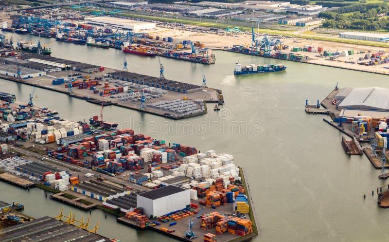 Puerto de terminal de contenedores de Rotterdam fotos de archivo libres de regalías