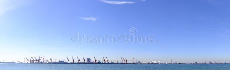 Puerto de Tianjin, también conocido como Xingang, China fotografía de archivo