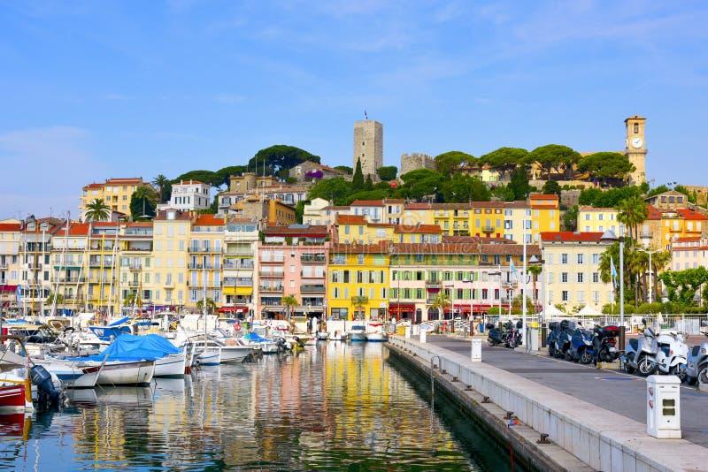 Puerto de Vieux en Cannes, Francia fotos de archivo libres de regalías