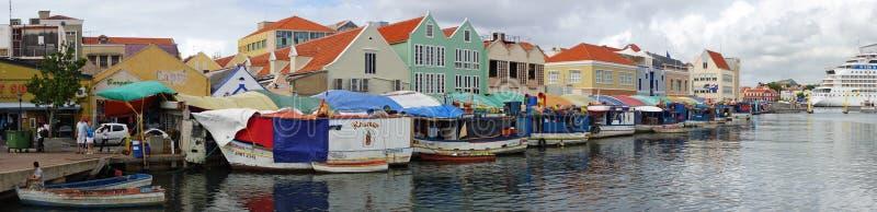 Puerto de Willemstad, Curaçao, islas de ABC imágenes de archivo libres de regalías