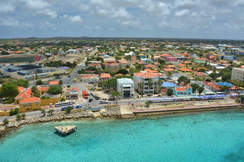 Puerto del barco de cruceros en Bonaire fotos de archivo