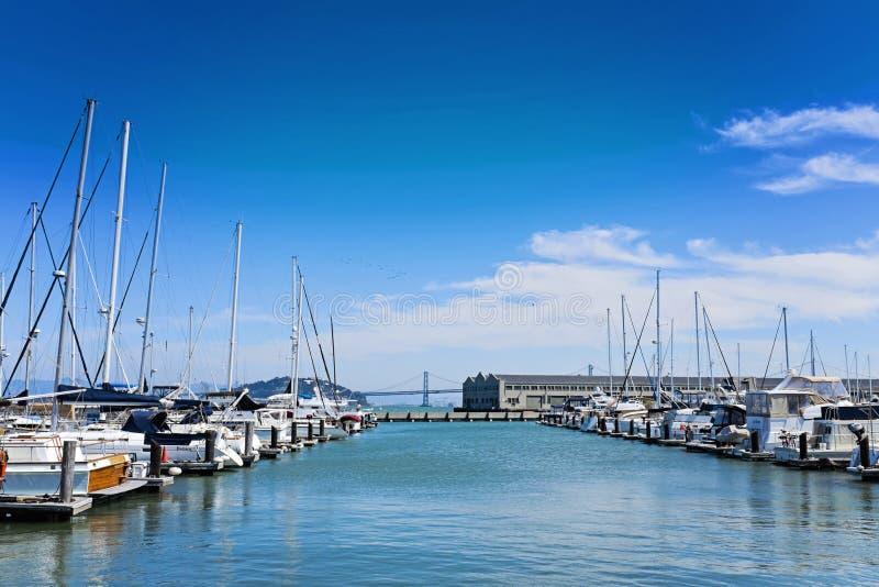 Puerto deportivo con los barcos, San Francisco, California imagen de archivo libre de regalías