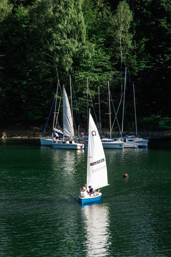 Puerto deportivo de Polanczyk fotos de archivo