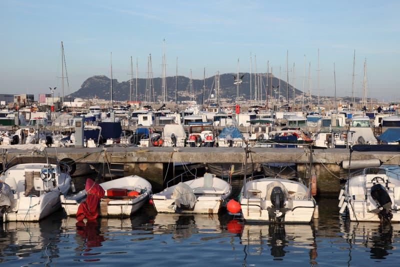Puerto deportivo en Algeciras, España fotos de archivo