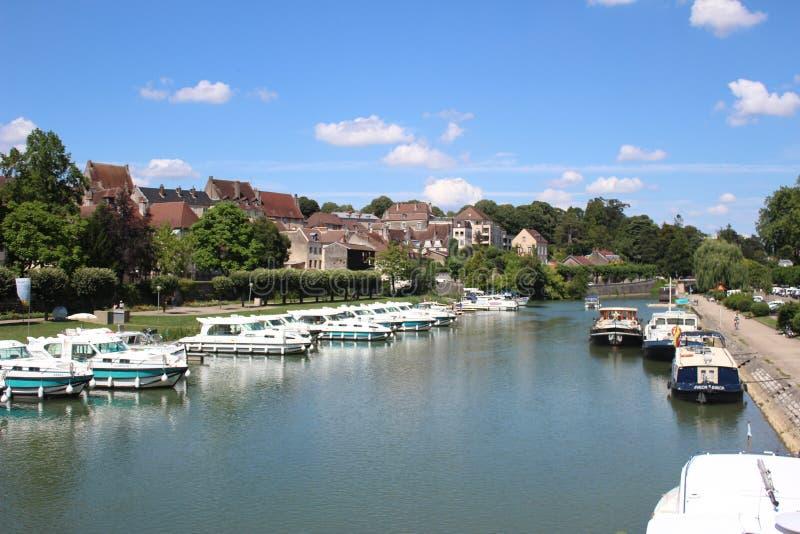 Puerto deportivo en el Jura, Francia imágenes de archivo libres de regalías