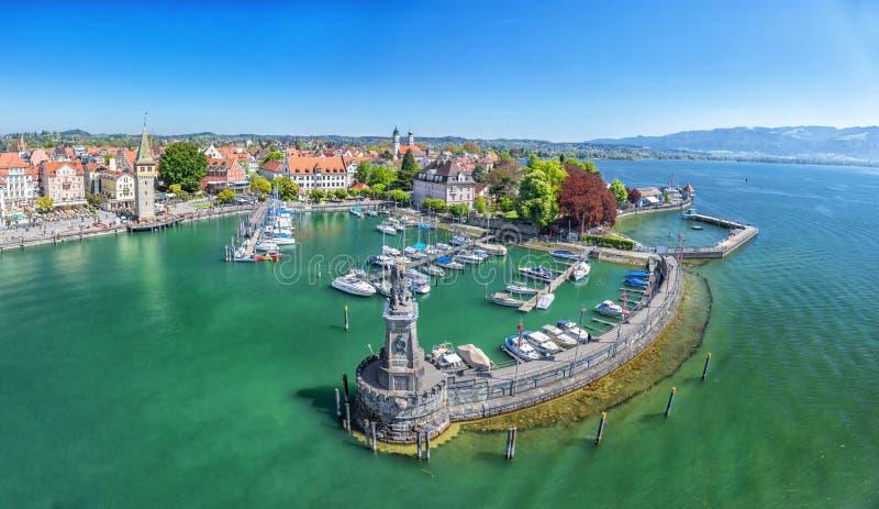 Puerto en el lago de Constanza en Lindau, Alemania fotografía de archivo