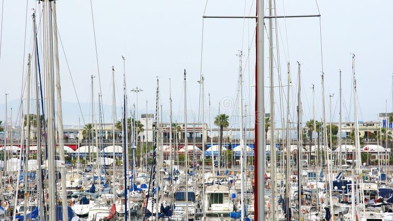 Puerto för FN för en för barcos för MÃ-¡ stättor y arkivfoton