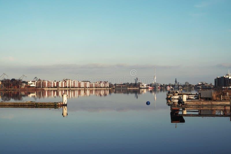 Puerto grande en Wilhelmshaven foto de archivo libre de regalías