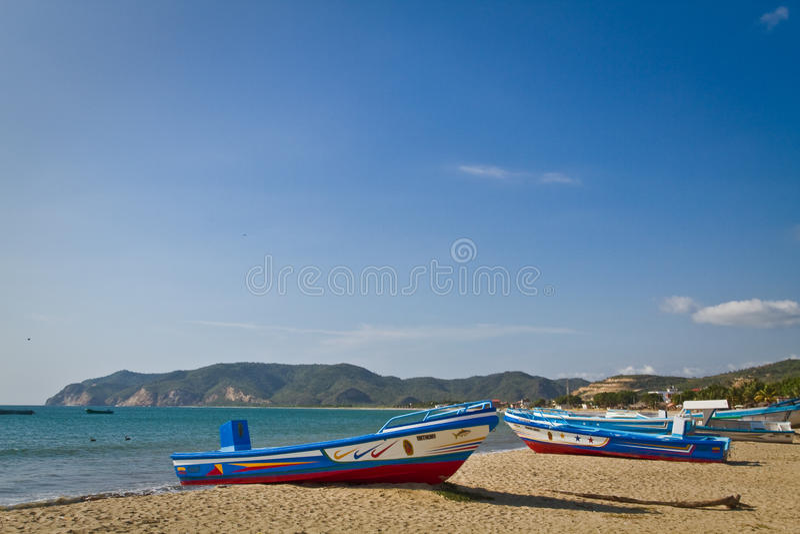 Puerto Lopez, site de vacances populaire dans la côte images stock