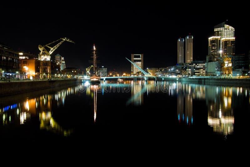Puerto Madero bij Nacht royalty-vrije stock fotografie