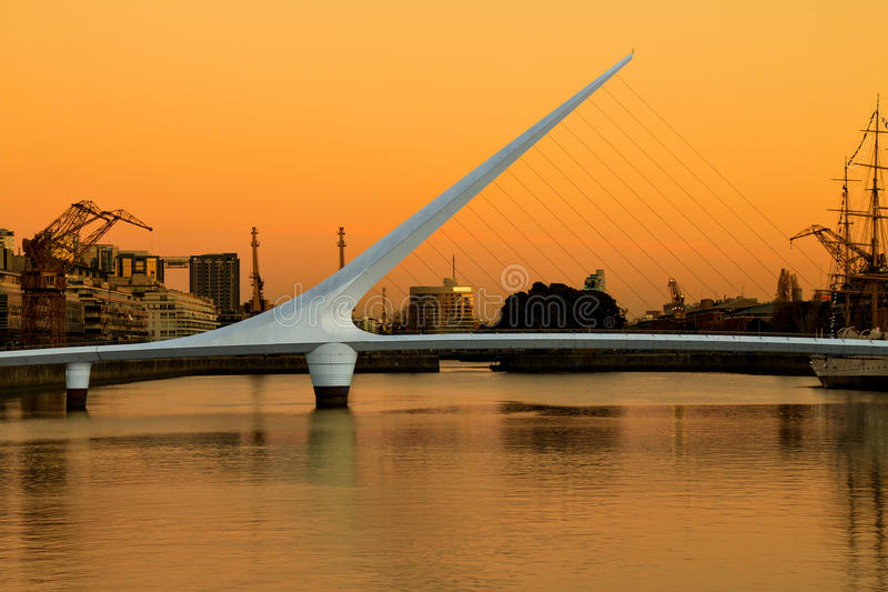 Puerto Madero, Buenos Aires Argentinien. Harbor Puerto Madero Buenos Aires Argentine, skyline and ships stock photography