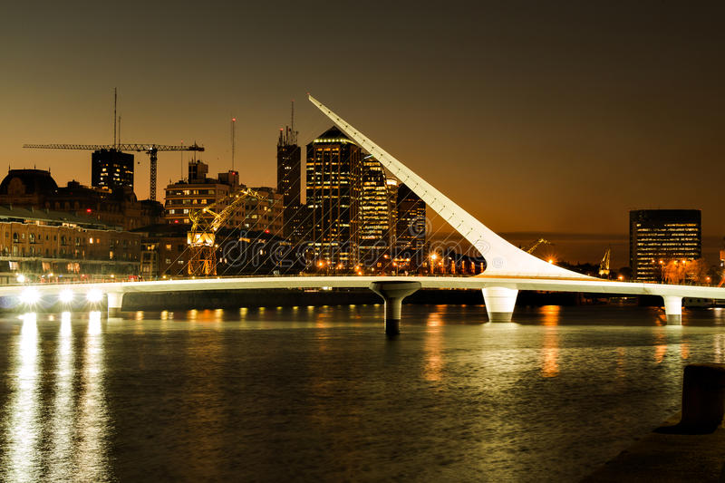 Puerto Madero, Buenos Aires Argentinien. Womens bridge at night Puerto Madero, Buenos Aires Argentina stock photography