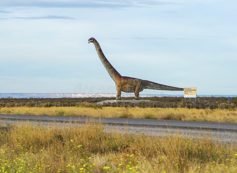 Puerto Madryn Argentinië Dinosaur op de snelweg royalty-vrije stock foto's