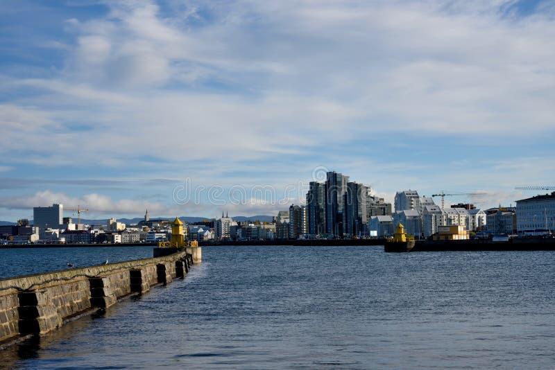 Puerto marítimo de Reykjavik imagenes de archivo