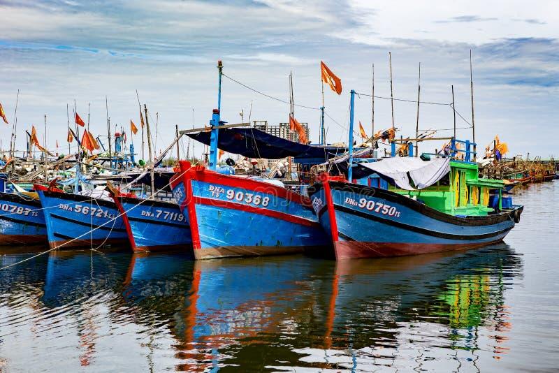 Puerto pesquero en danang en Vietnam foto de archivo