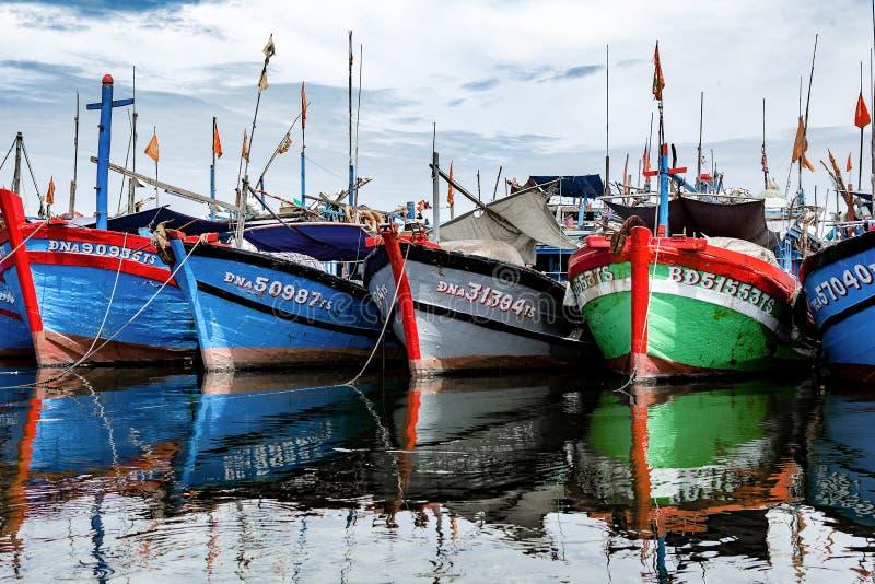 Puerto pesquero en danang en Vietnam imagenes de archivo