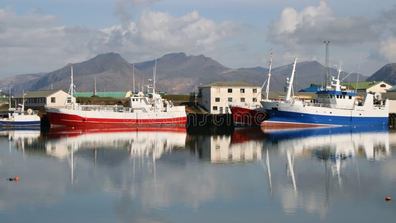 Puerto pesquero en Islandia foto de archivo libre de regalías
