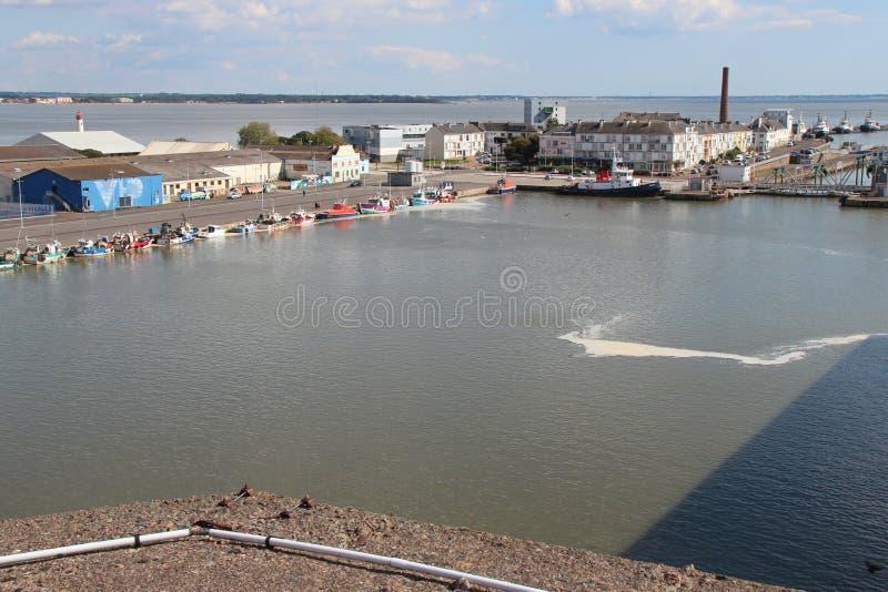 Puerto - Saint Nazaire - Francia (2) foto de archivo libre de regalías