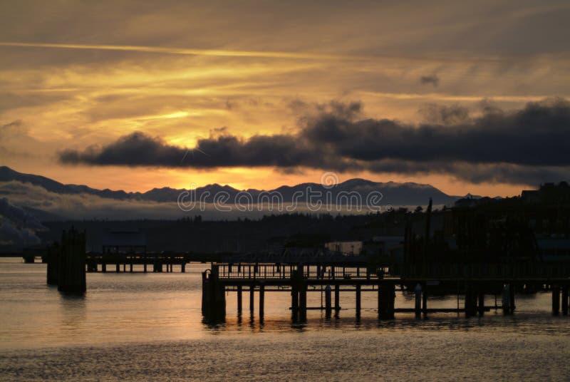 Puerto Townsend Waterfront en la puesta del sol imágenes de archivo libres de regalías