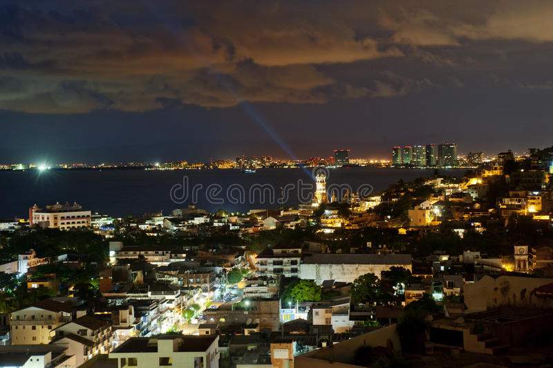 Puerto Vallarta, Мексика от взгляда птицы стоковое изображение