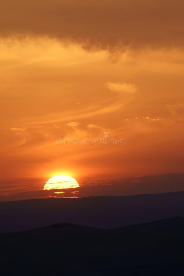 Download Puesta del sol foto de archivo. Imagen de esfera, belleza - 7279946