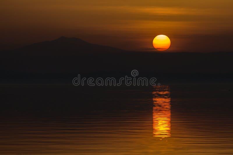 Puesta del sol aguda imágenes de archivo libres de regalías