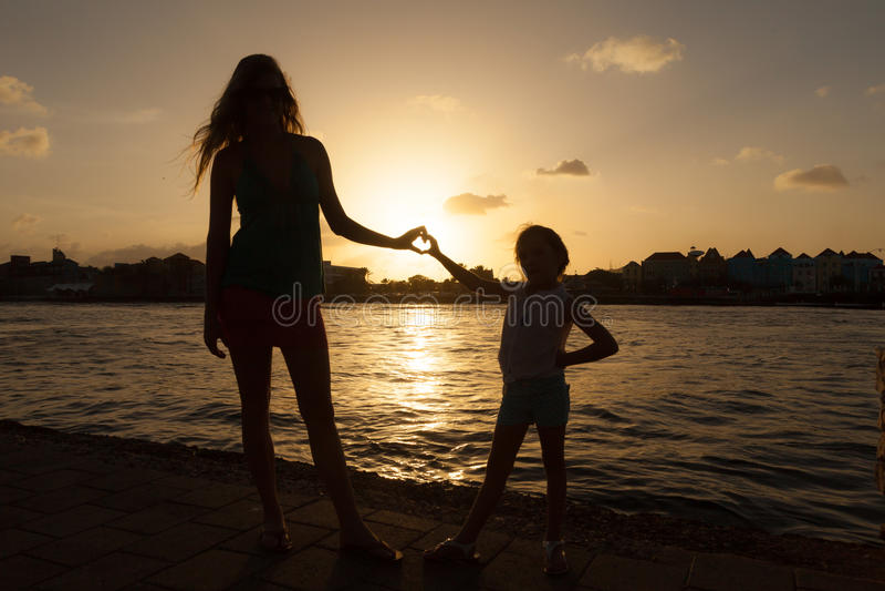 Puesta del sol alrededor de Willemstad imagenes de archivo