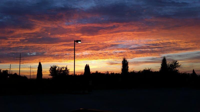 Puesta del sol anaranjada imagen de archivo libre de regalías