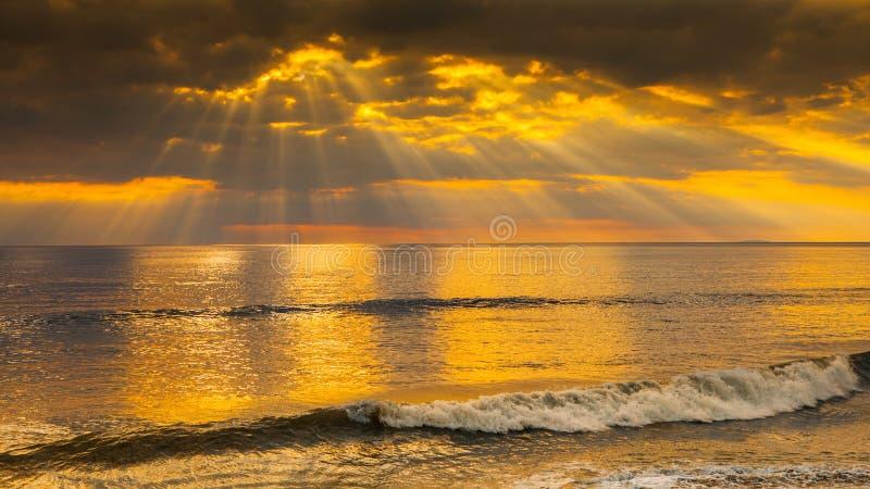 Puesta del sol celeste hermosa fotos de archivo libres de regalías
