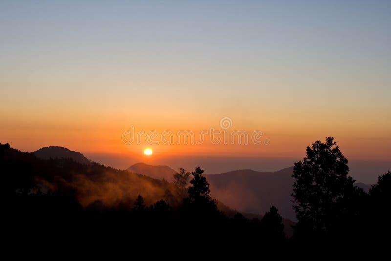 Puesta del sol de Alishan fotografía de archivo