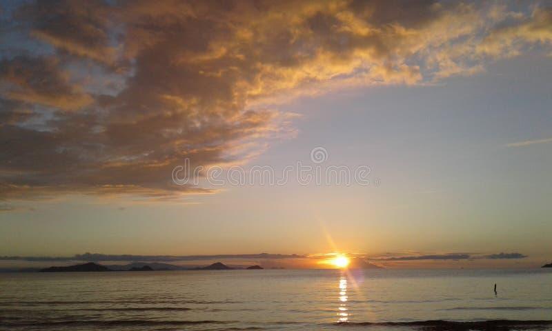 Puesta del sol de Bajo imágenes de archivo libres de regalías