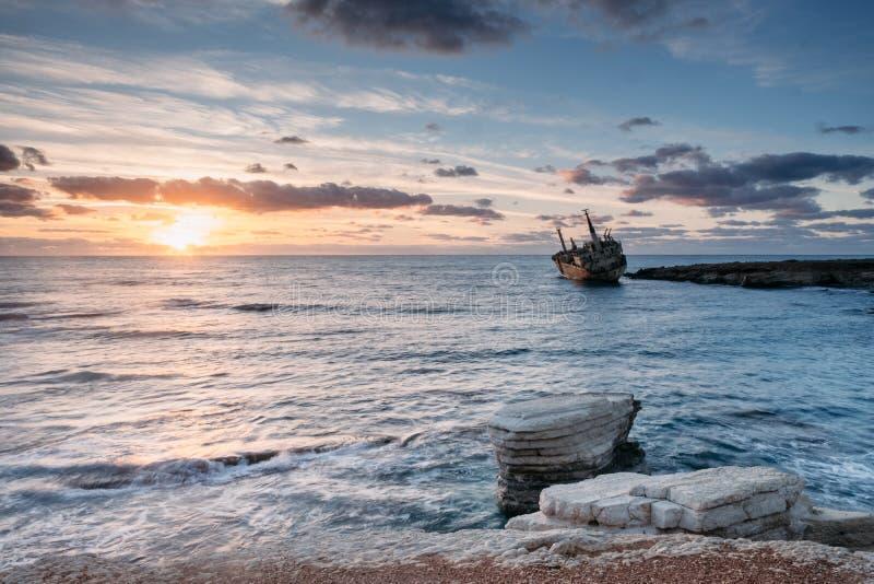 Puesta del sol de Chipre imagenes de archivo