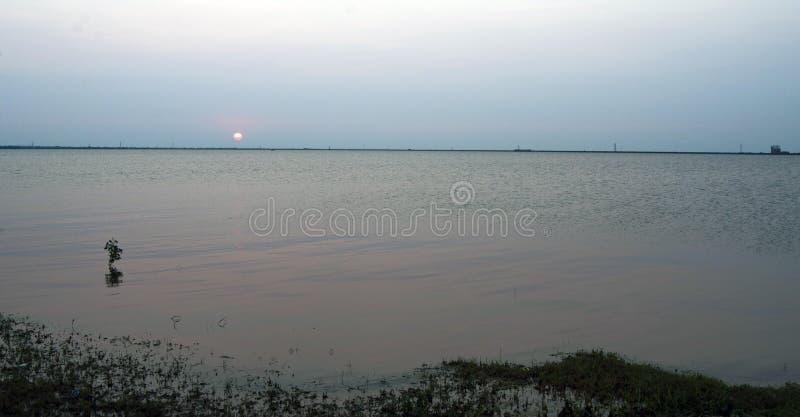 Puesta del sol de Hefner del lago imagen de archivo libre de regalías