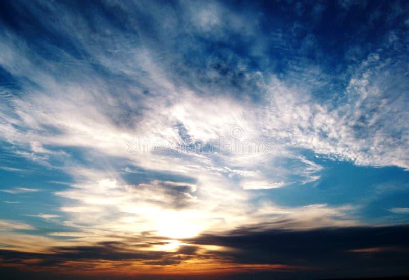 Puesta del sol de la bahía de Morecambe imagenes de archivo