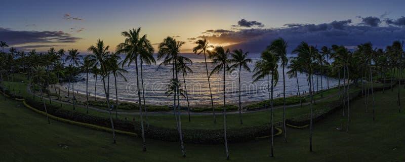Puesta del sol de la bahía de Kapalua fotos de archivo libres de regalías
