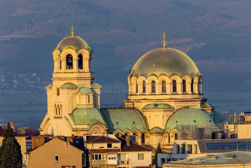 Puesta del sol de la catedral de Alexander Nevsky imagen de archivo libre de regalías