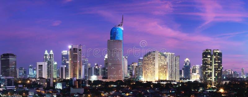 Puesta del sol de la ciudad de Jakarta fotos de archivo libres de regalías