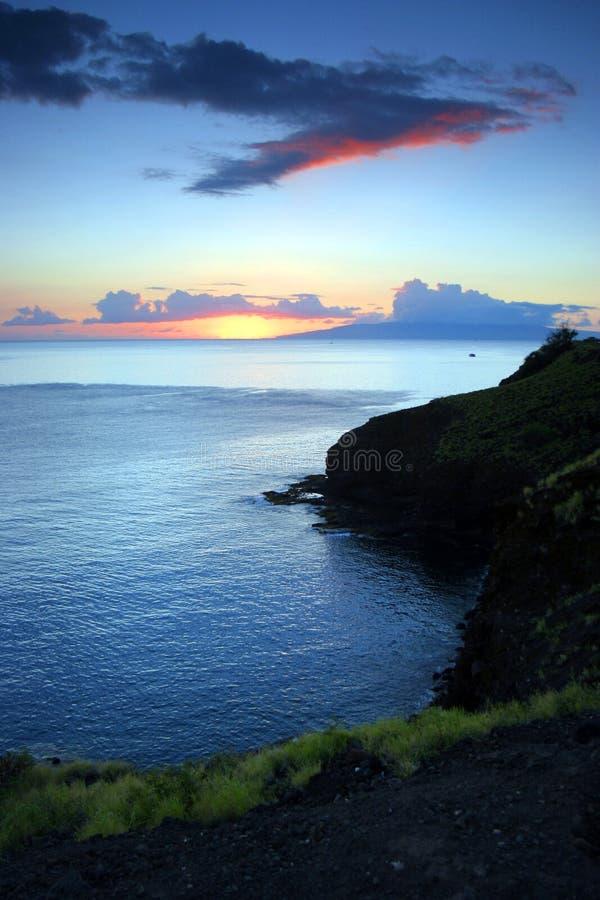 Puesta del sol de la isla de Hawaian imagen de archivo libre de regalías