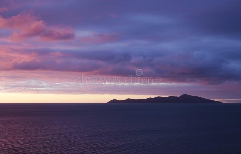 Puesta del sol de la isla de Kapiti fotografía de archivo libre de regalías