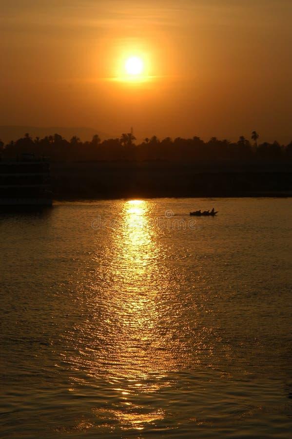 Puesta del sol de la navegación imagen de archivo