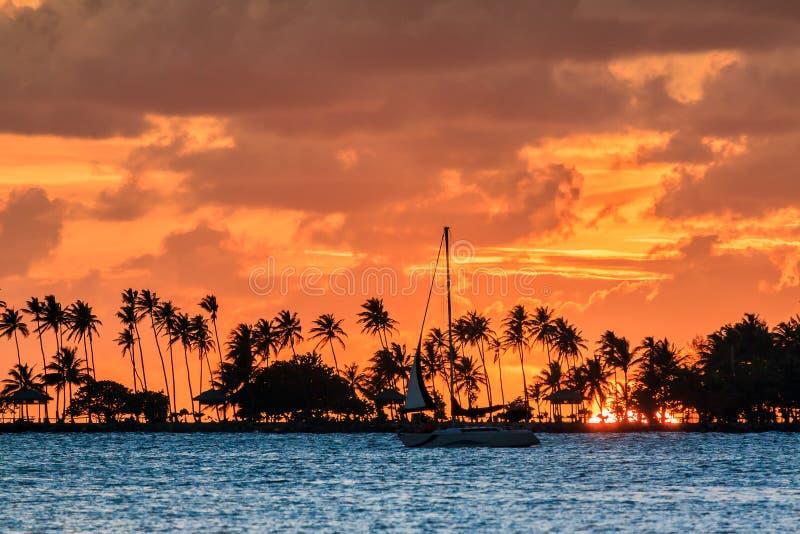 Puesta del sol de la navegación de Puerto Rico fotos de archivo