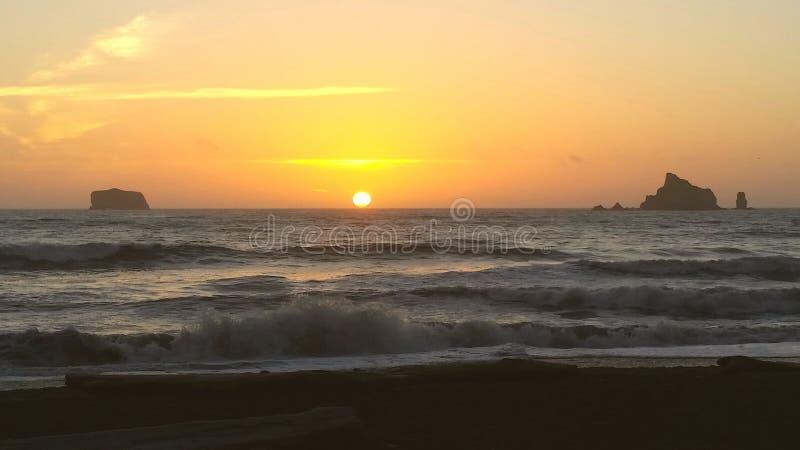 Puesta del sol de la playa de Rialto imagenes de archivo