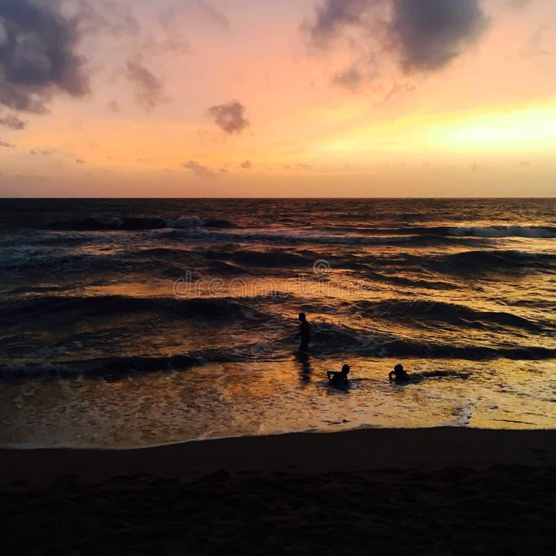 Puesta del sol de la playa de Negombo, Sri Lanka fotografía de archivo libre de regalías