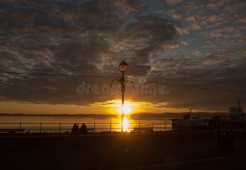 Puesta del sol de Largs fotografía de archivo