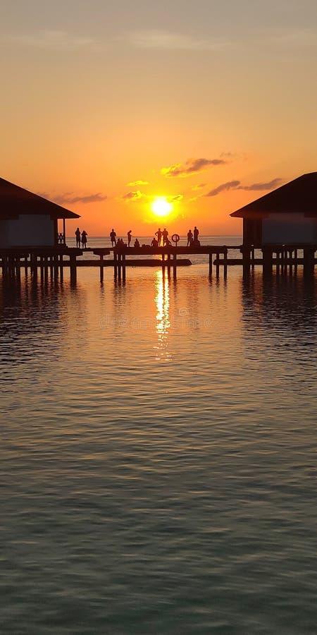 Puesta del sol de Maldivas foto de archivo