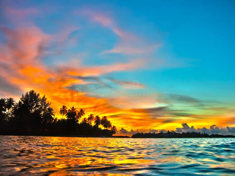 Puesta del sol de Maldives foto de archivo