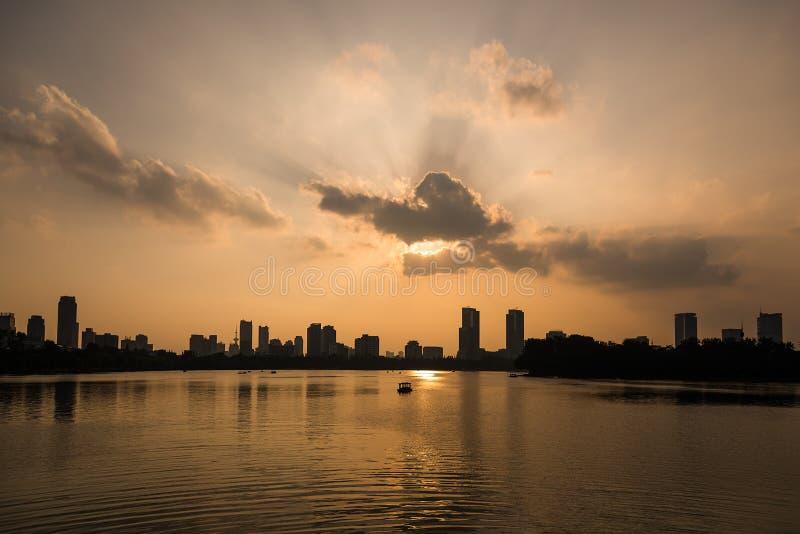 Puesta del sol de Nanjing imagen de archivo libre de regalías